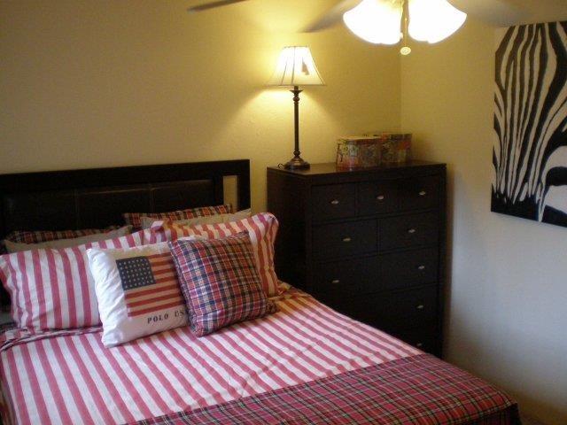 Arbor Apartments Bedroom 07