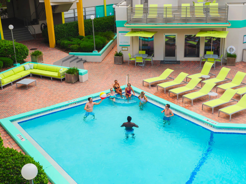 Courtyard Apartments Pool 024