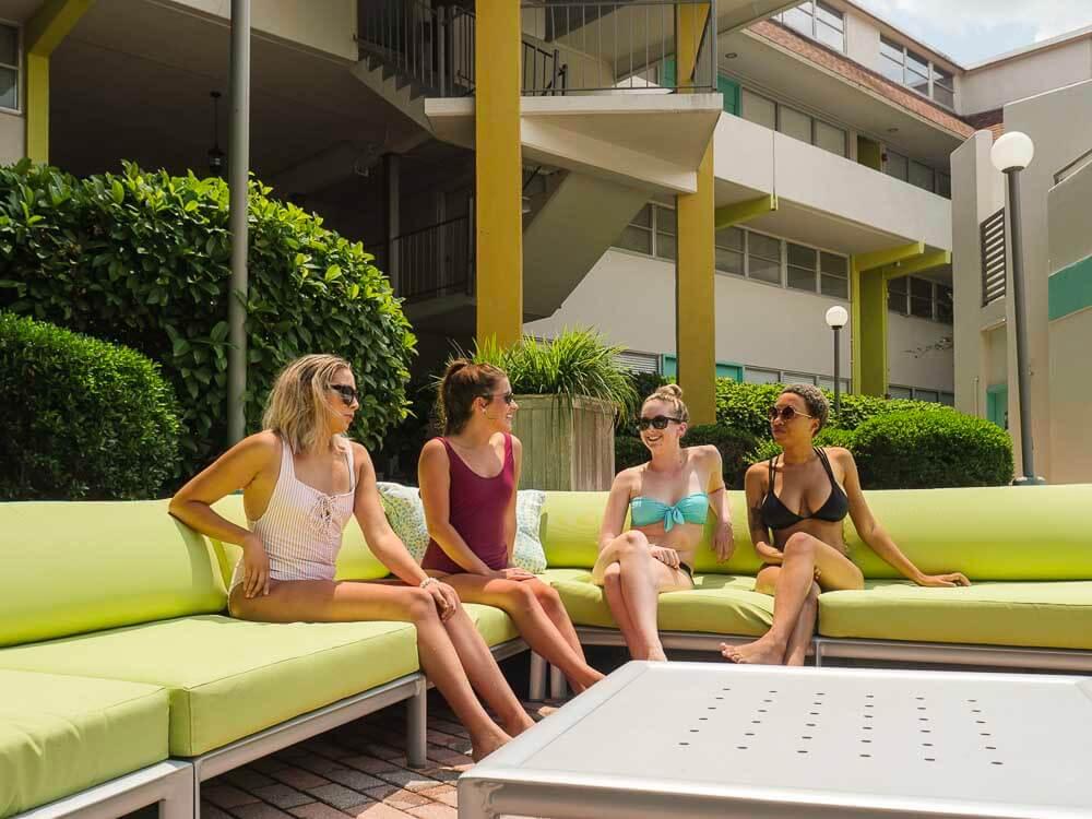 Courtyard Apartments Pool Furniture 025