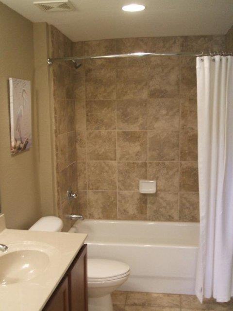 Nantucket Walk Bathroom 010