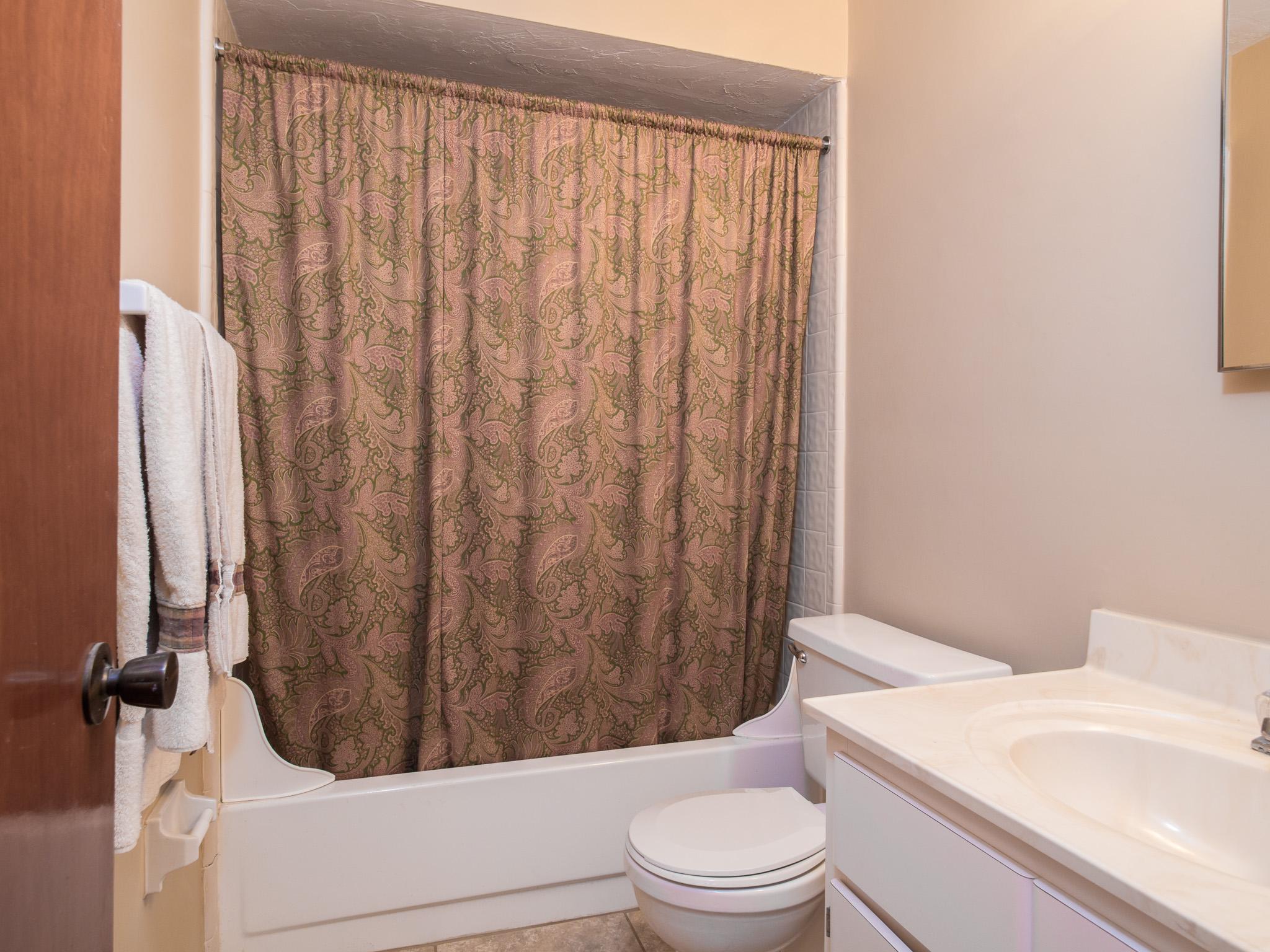 Woodland Villas Bathroom 03