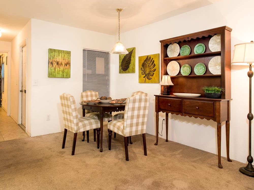 Woodland Villas Dining Room 09
