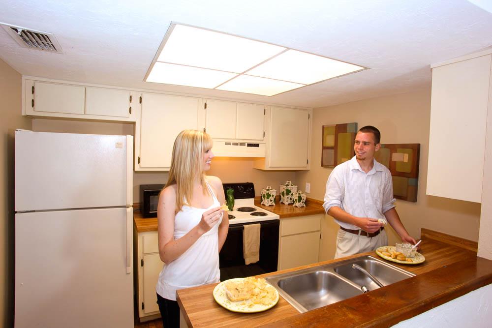 Woodland Villas Kitchen 011