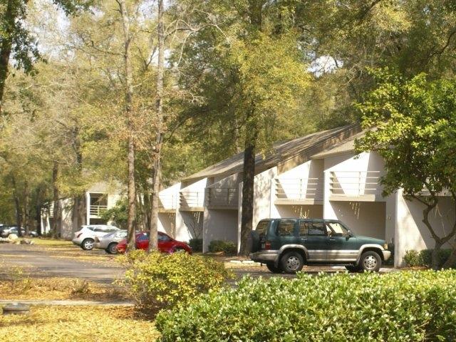 The Grove Villas Apartments
