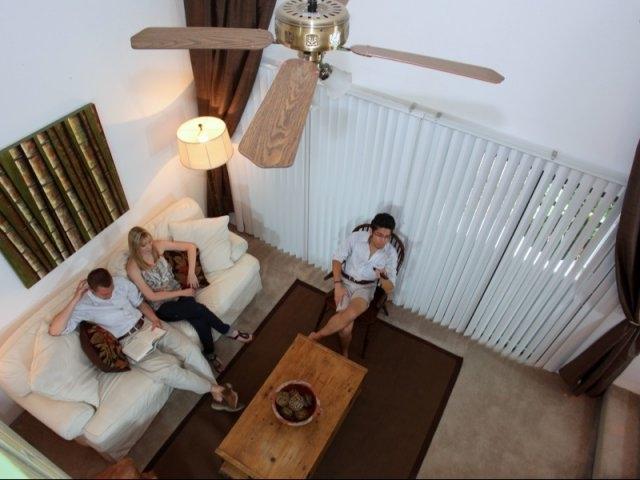 Woodland Villas Apartments