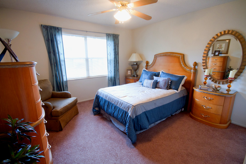 Camelot apartments near uf gainesville apartments reviews for Gainesville 2 bedroom apartments