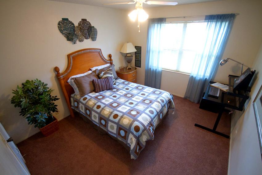 Camelot Apartments Bedroom
