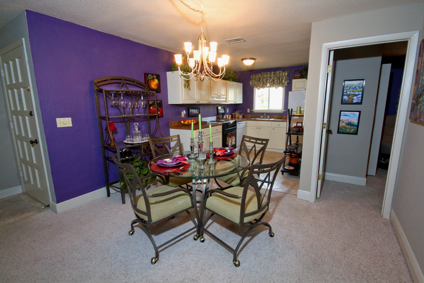 Cazabella Apartments Gainesville Dining Room