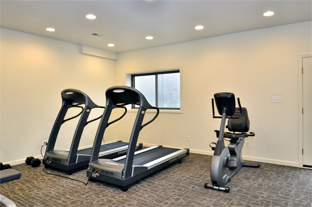 silver creek apartments gym