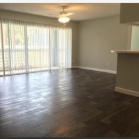 1 bedroom/1 bathroom apartment available in May