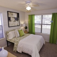 Spacious 1/1 in 2bedroom. Only $580!