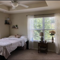 Sublet in GORGEOUS apartment near campus